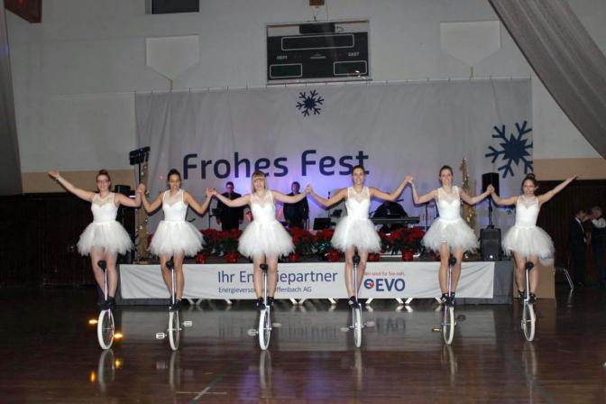 TSV Einrad Auftritt Weihnachtsfeier EVO in Heusenstamm